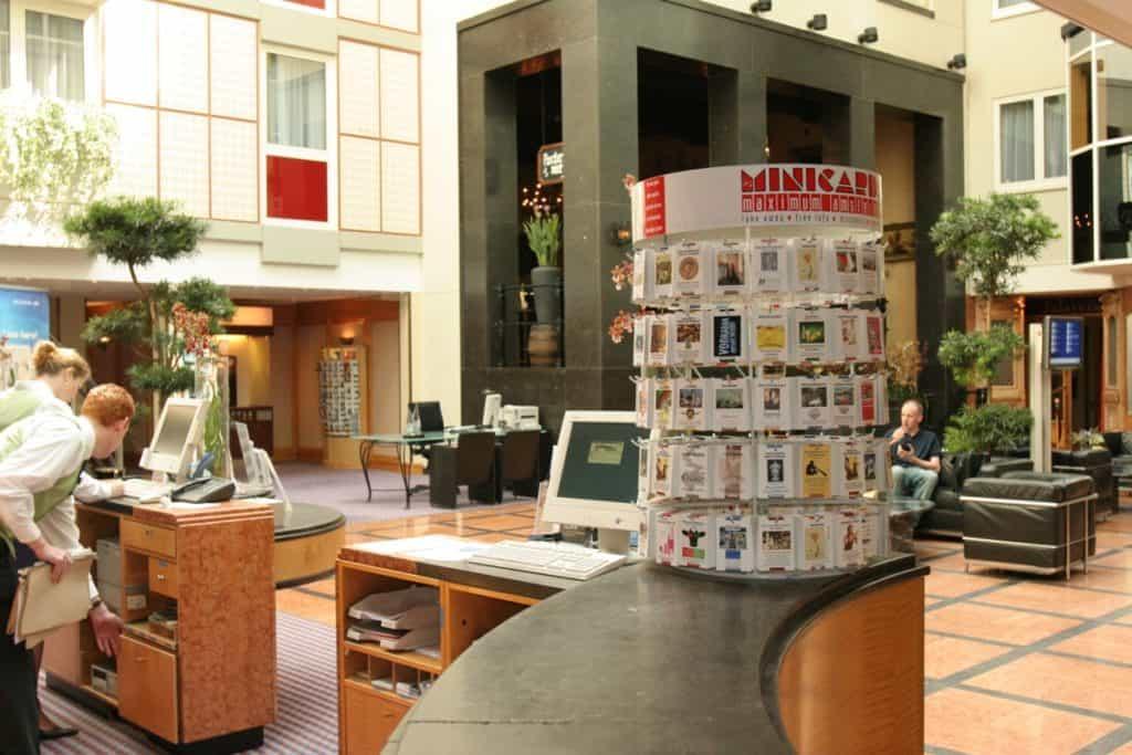 Minicards display on reception desk