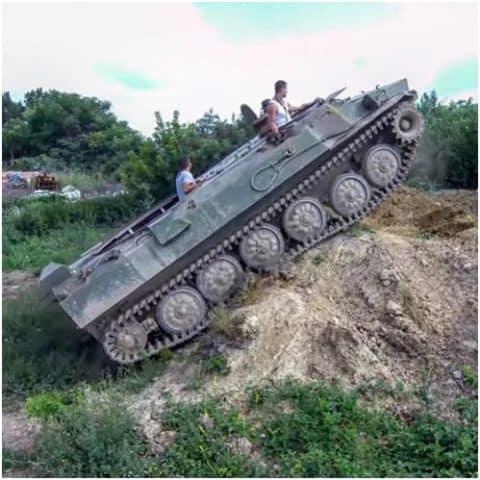Tank vezetés